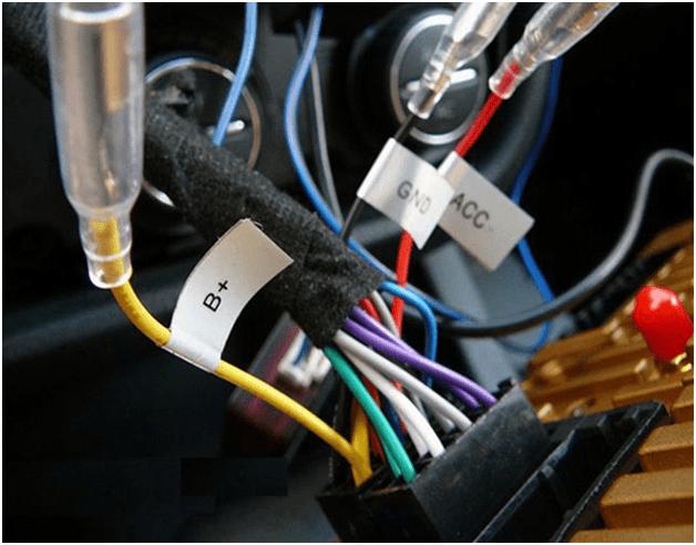 Установка автомагнитолы в машину