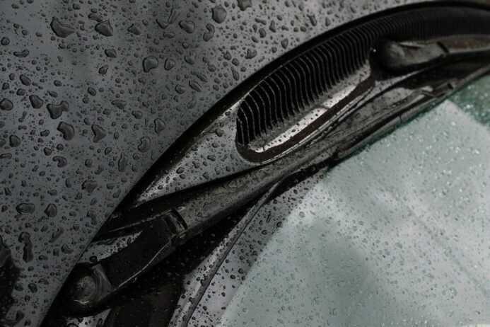 Не работает система омывания стекла в автомобиле