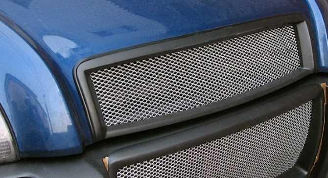 Декоративные решетки радиатора для авто
