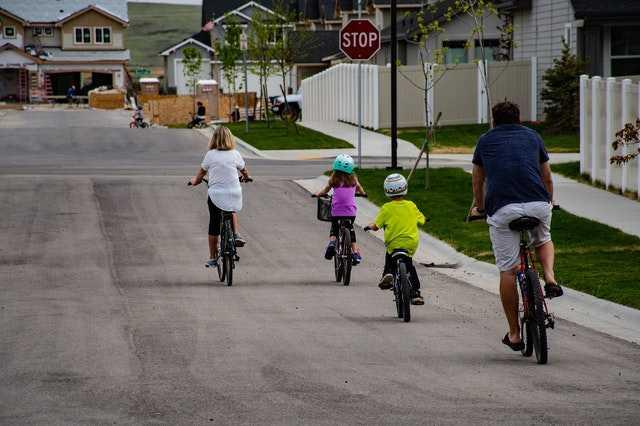 Водитель, будь внимателен – на дороге дети!