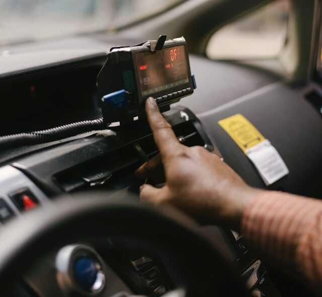 Автогаджеты как помощники водителя